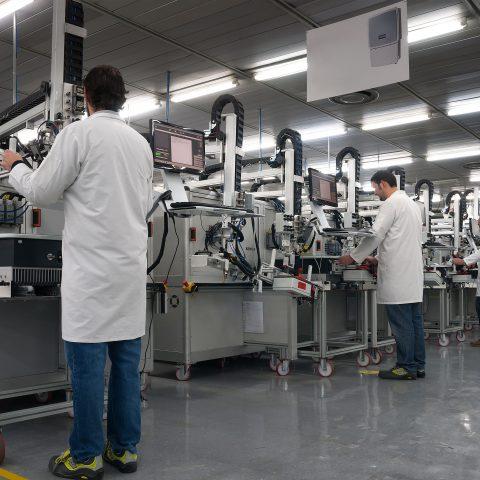 Testing in-circuit analogico e digitale